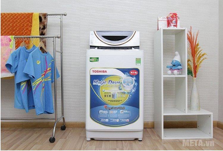 Sử dụng máy giặt Toshiba 9kg để giặt quần áo cho trẻ sơ sinh
